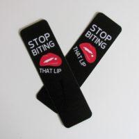 Záložka Stop Biting That Lip